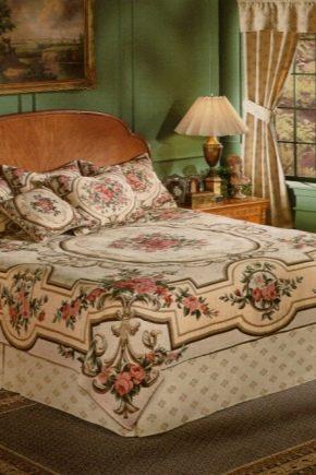 Couvre-lits en tapisserie
