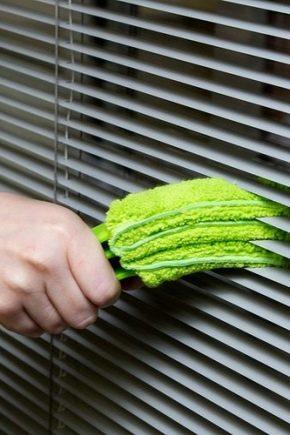 Hur tvättar du persienner?