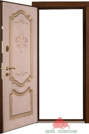 Belorussiska ingångsdörrar