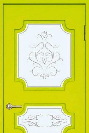 Cheboksary दरवाजा फैक्टरी: फायदे और नुकसान