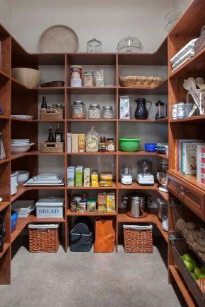 Comment faire les étagères dans le placard avec leurs propres mains?