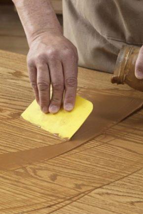 Comment choisir du mastic sur bois?