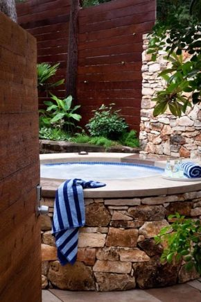 How to choose a jacuzzi for the street?