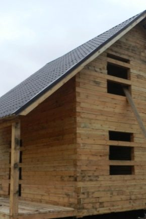 الركن الدافئ لمنزل خشبي 22 صورة ما هو الخواص الدقيقة لتوصيل الخشب أثناء البناء أنواع الهياكل مع بقية الهيكل