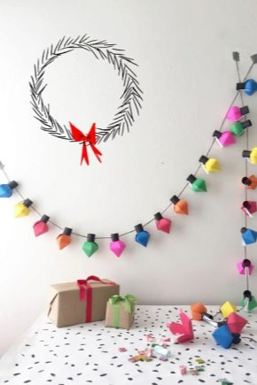 How to make a Christmas garland from paper with your own hands?