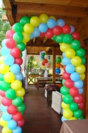 Types of garlands of balls and master classes in their manufacture