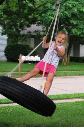 Comment faire rapidement et magnifiquement une balançoire avec des pneus?