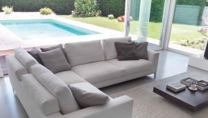 Modular corner sofa
