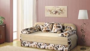 Soffa soffa med en låda för linne