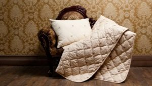 Blankets from camel wool