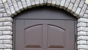 Doors Oplot: characteristics and features