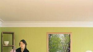 Features of photo wallpaper on the door