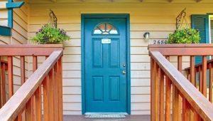 Välja ingångsdörrar för trä