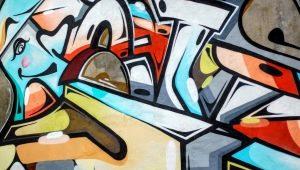 Vad ska du tänka på när du väljer en tapeter med graffiti?