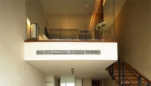 Ontwerp van een appartement op twee niveaus: interessante opties