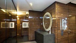 Decorating the hallway panels: design options