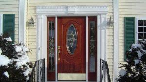 Alegerea ușilor metalice cu sticlă