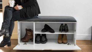 Prateleiras com um assento no corredor: idéias modernas