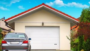 Sectional doors: advantages and disadvantages