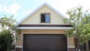 Garage de blocs de mousse: les avantages et les inconvénients des bâtiments, les caractéristiques d'installation