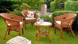 Trädgårdsmöbler: snygga utomhuskit