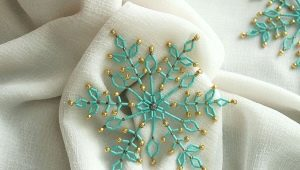 Christmas decorations from beads do it yourself