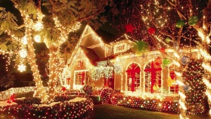 Christmas street garlands: the choice, installation and manufacture