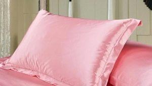 Caractéristiques et caractéristiques des taies d'oreiller en soie