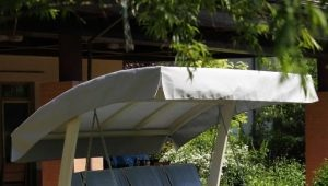 Choosing an awning for garden swings