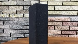 Characteristics and use of black brick