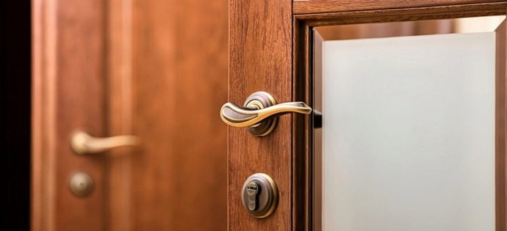 Door handles: what models are and how to make the right choice?