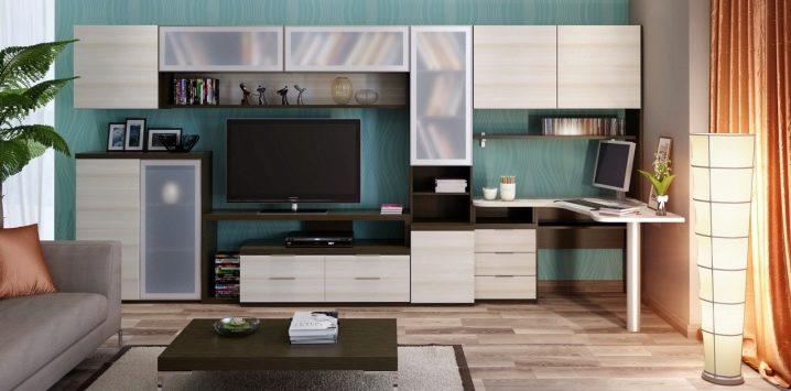 Möbler väggar med dator skrivbord