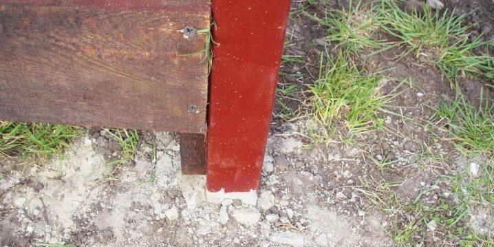 Metallpoler för staketet: funktioner och installation