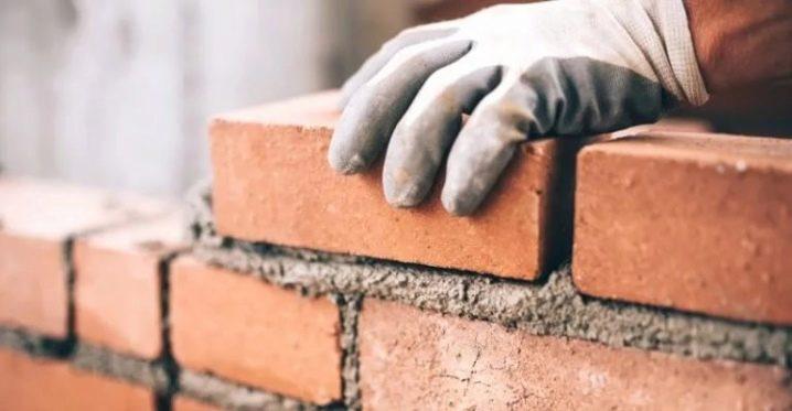 Caractéristiques des briques selon GOST