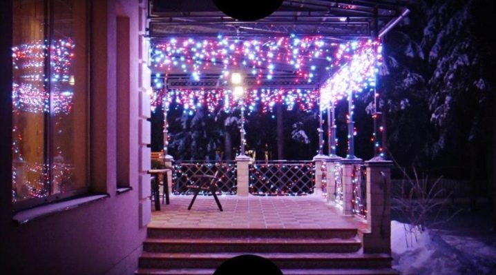 Advantages, disadvantages and methods of using electric garlands