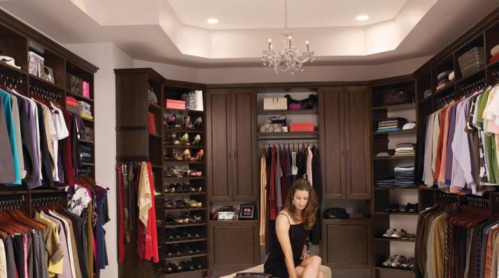 Hur man gör ett garderobsrum med egna händer: designprojekt