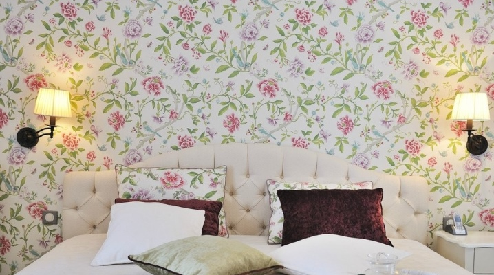 Wallpaper for the bedroom in the style of Provence