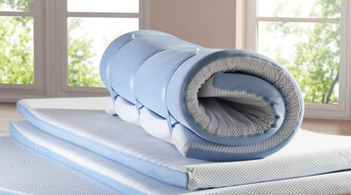 Thin orthopedic mattresses