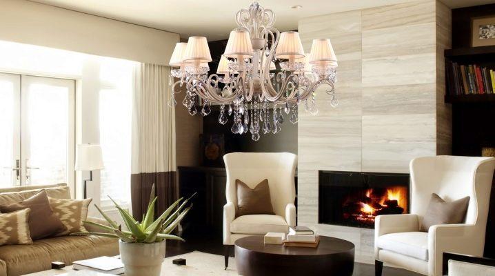 Ljuskronor för vardagsrum i modern stil