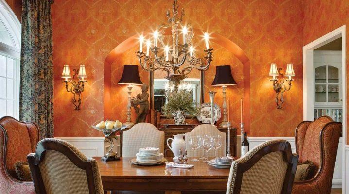 Полилеи и стенни лампи: стилни комплекти в интериора