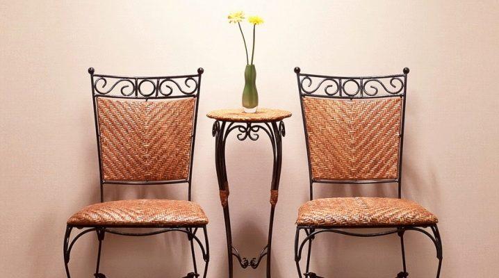 Quelle est la conception des chaises forgées appropriées?