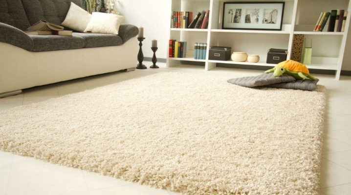 Carpets in white: the pros and cons