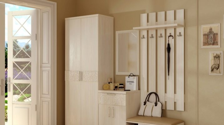 We select and arrange the furniture in a small hallway