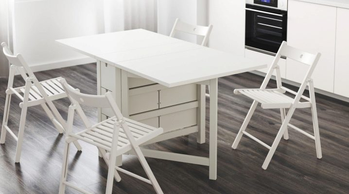 Tables pliantes Ikea: une combinaison de style et de confort