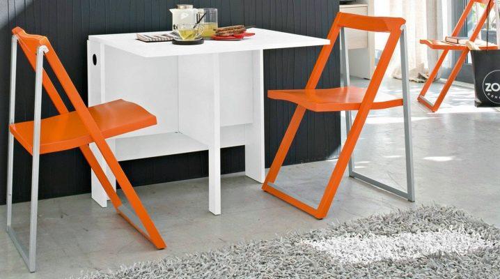 Fällbara stolar från Ikea - ett bekvämt och praktiskt alternativ för rummet