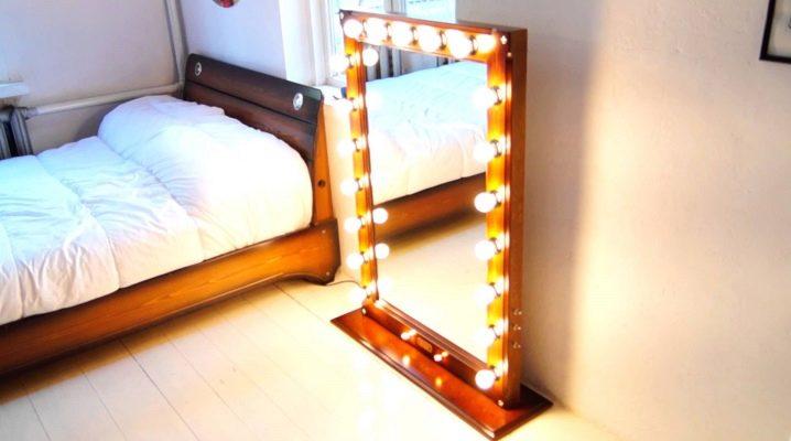 Hur man gör en spegel med lampor med egna händer?