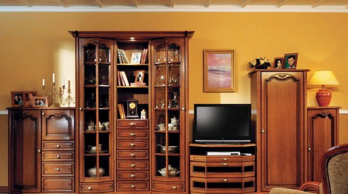 Comment choisir des meubles en bois massif pour le salon?