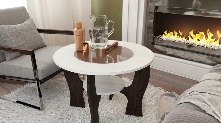 How to choose a coffee table for the living room?