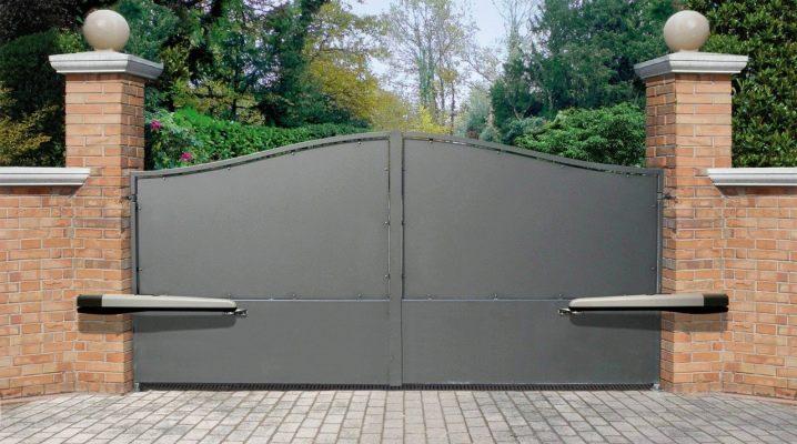 ระบบอัตโนมัติสำหรับประตู: คำแนะนำในการเลือกและติดตั้ง