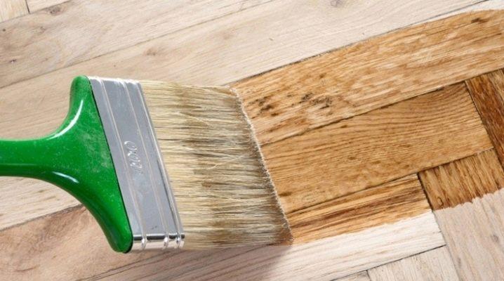 Vernis clair pour le bois: comment choisir?